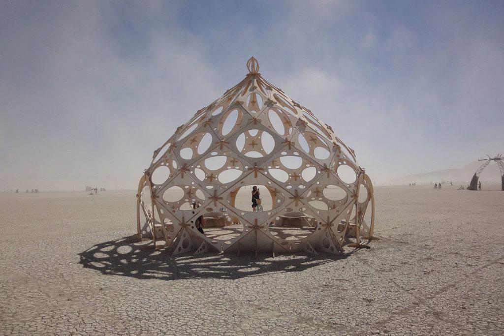 Burning Man Festival Haus in der Wüste